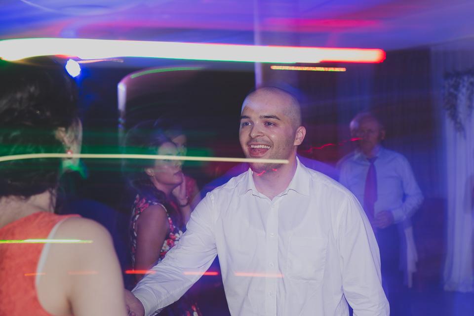 nevesta zenich svadobne fotky fotografie hostina zabava tanec